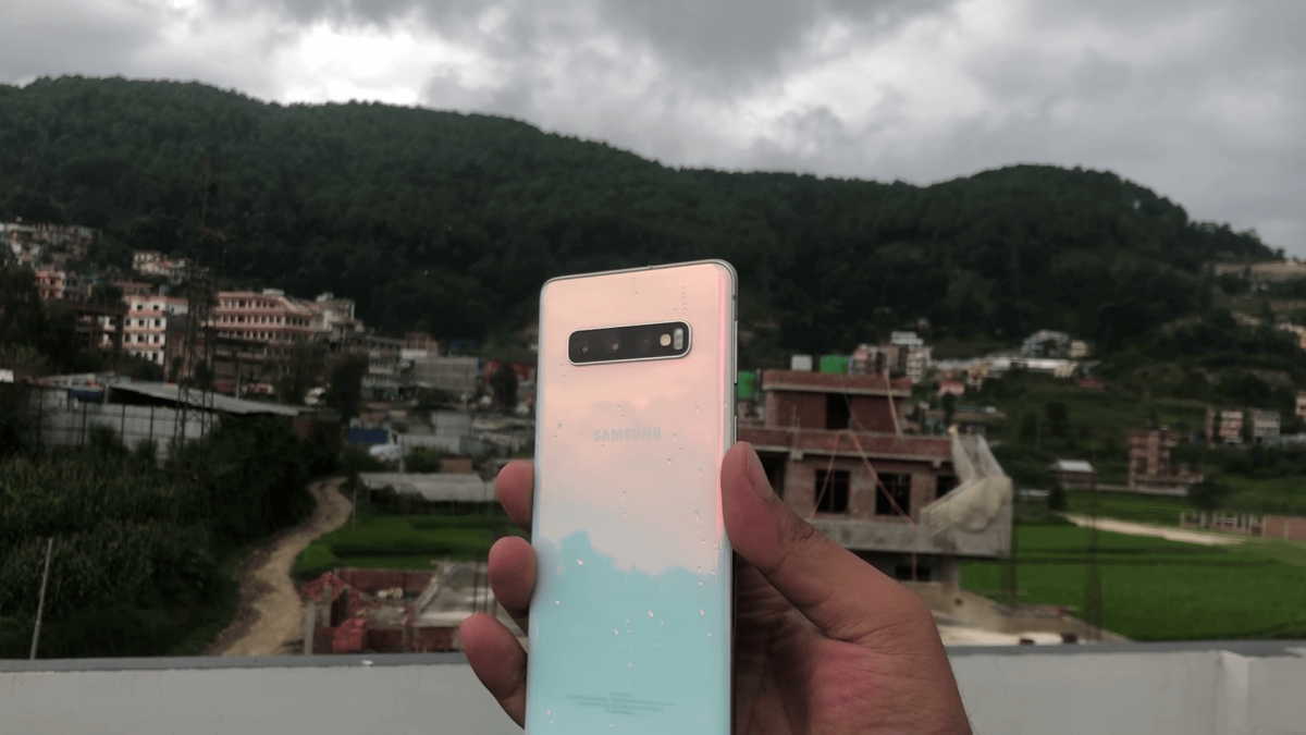 Reasons to Buy Samsung Galaxy S10- 4 Months Review
